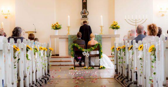 Kapelle Hochzeitsbilder Aadhoc De Wir Machen Momente Fur Immer